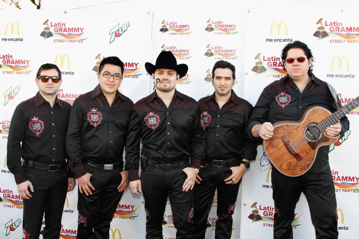 Latin grammy street parties phoenix for 2 hermanos salon phoenix az